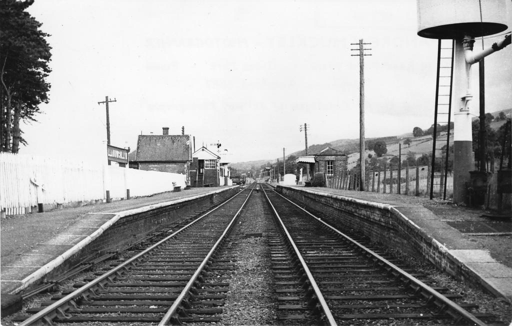 Llanuwchllyn Station, 31_8_63.jpg